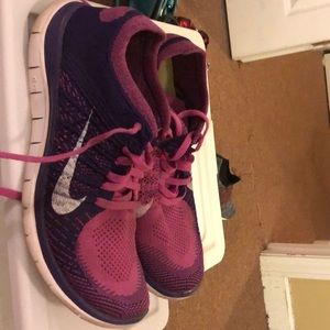 Nike Shoes - Slightly used nike sneakers